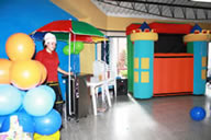 Teatrino inflable y decoracion